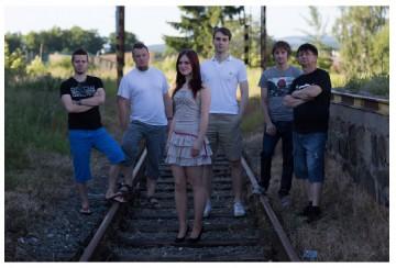 Nové foto jazzpopové kapely ONE BRAIN